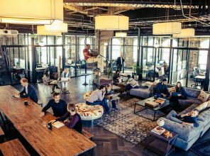 Calcanis and other tech entrepeneurs rent at WeWork at 25 Taylor St.