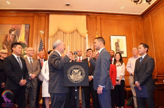 Mayor Lee swears in Alex Randolph for College Board in 2015.