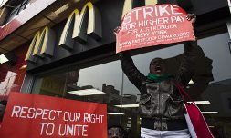 Fast-food-workers-protest